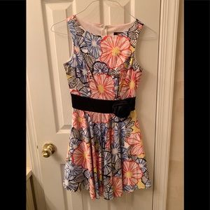XOXO juniors sz 3 floral dress with flower accent